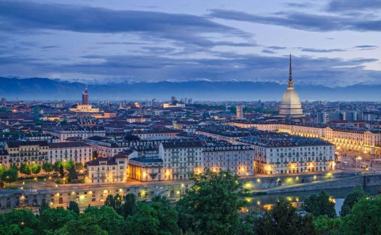 img Torino by night fbedf